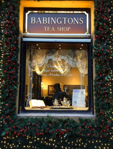 Decorazione facciata Babingtons